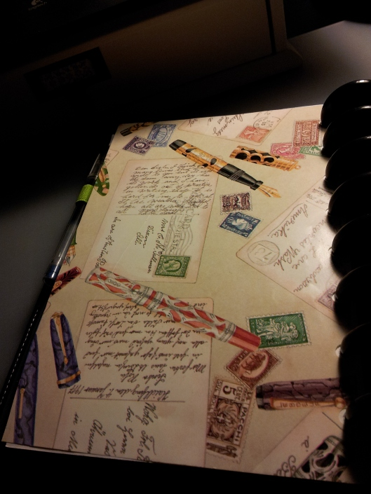 7. pen and letter wrapping paper divider