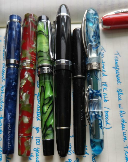 multiple pens horizontal
